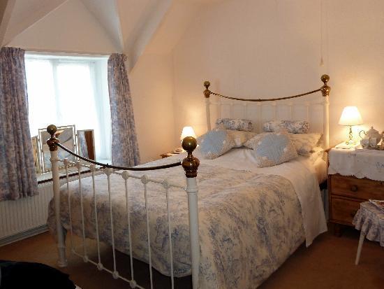 Cross Close House B&B: Bedroom
