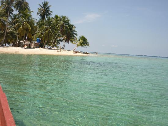Carti Tupile, Panamá: Isla Ansuelo