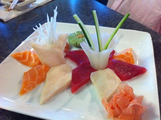 Musashi Japanese Steak and Seafood : delightful sashimi