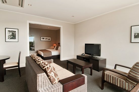 Hilton Lake Taupo: Junior Suite