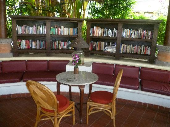 Sativa Sanur Cottages: Book