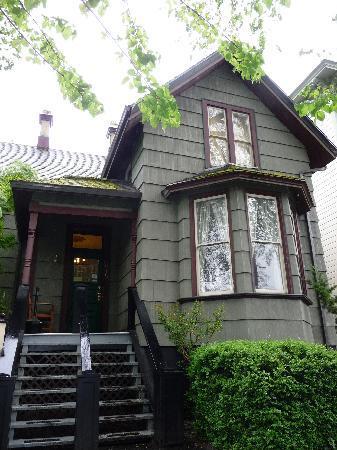 Hostelling International - Northwest Portland Hostel : Second building
