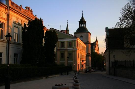 Sandomierz, Poland: cathedral street