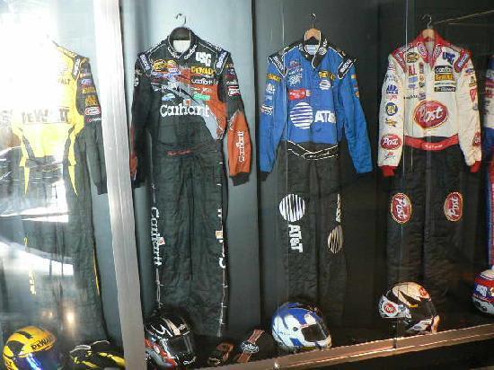 Matt Kenseth Racing Museum : Firesuits