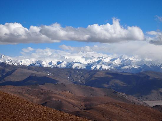 Lhasa, China: 峠よりの景色
