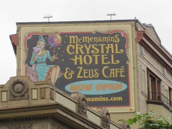 Crystal Hotel: Outside the Hotel