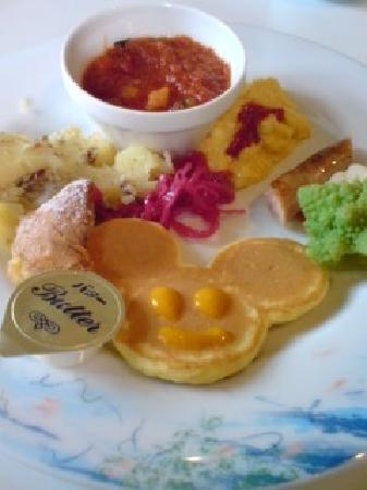 Tokyo DisneySea Hotel MiraCosta: このパンケーキには感動しました。