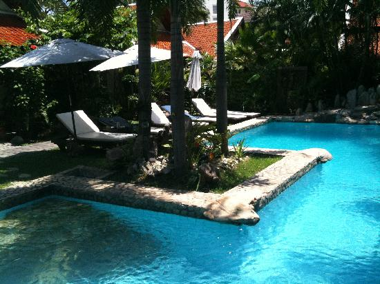 Le Prive Pattaya: Pool area