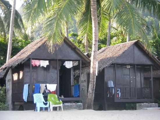 New Hut Bungalows: Beachfront bungalow.