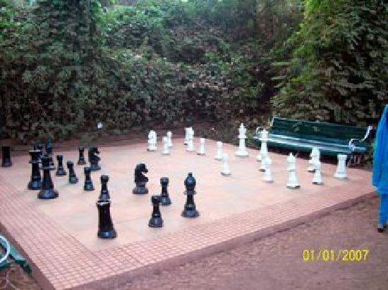Lords Central Hotel: Chess for recreation