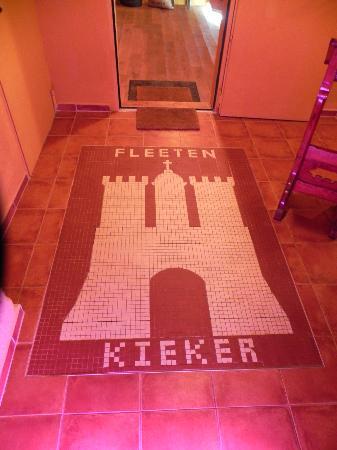 Irish Pub in the Fleetenkieker: Tilework on the entrance floor