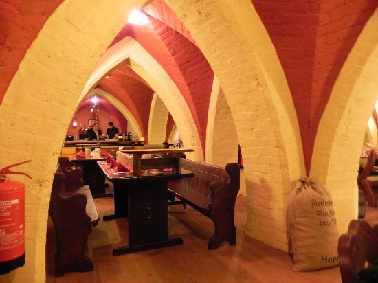 Irish Pub in the Fleetenkieker: another view of the restaurant