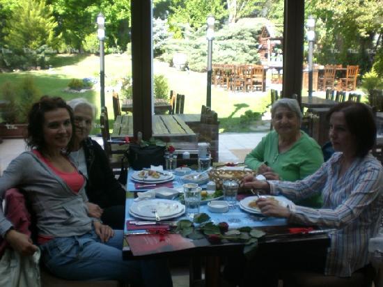 Nuar Restaurant : My family