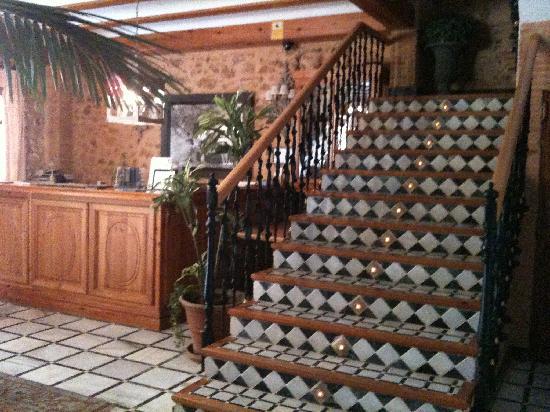 Hotel Casa Babel: Reception area