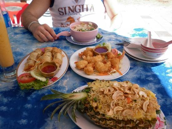 WAI thai: Yum