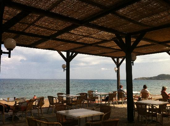 Amada Colossos Resort - TEMPORARILY CLOSED: Beach Bar