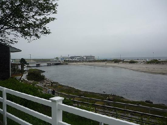 Terrace by the Sea: view from front lawn - bridge to beach
