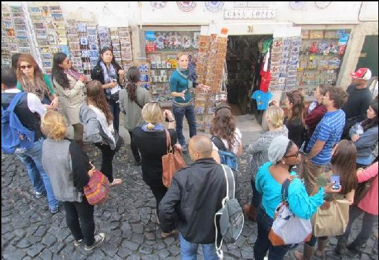 Wild Walkers: Free Walking Tour 10.30 Rossio Square
