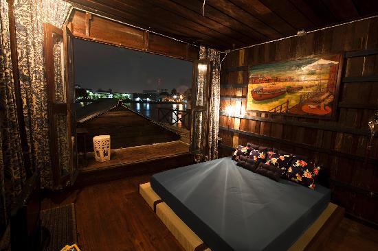 Loy La Long Hotel: Reviews, Prices & Photos (Bangkok ...
