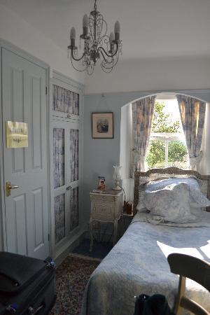 Single room at Clanville Manor