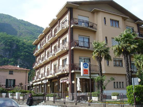 Europa Hotel Porlezza : Hotel Europa