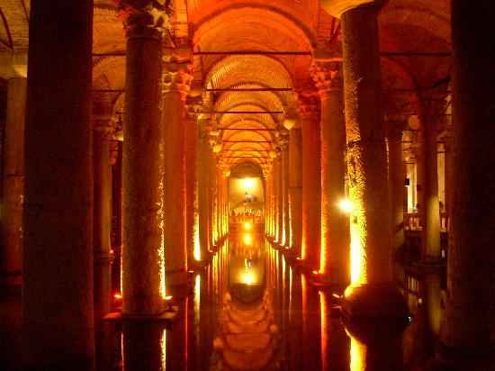 إسطنبول, تركيا: la cisterna