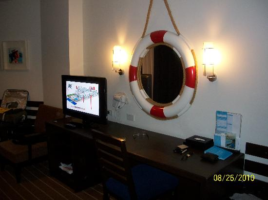 A-ONE Pattaya Beach Resort: room