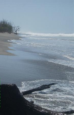 El Salvador: Playas limpias