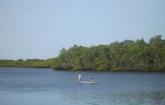 El Salvador: Desembocadura Rio Lempa