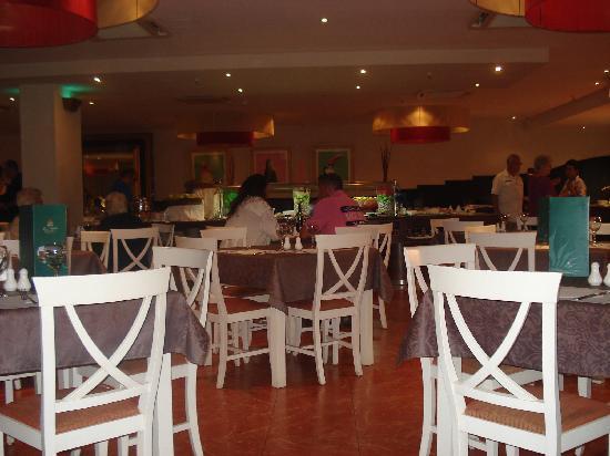 Beverly Park Hotel: Parte del comedor