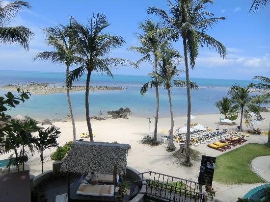 Centara Villas Samui : Looking down to the beach