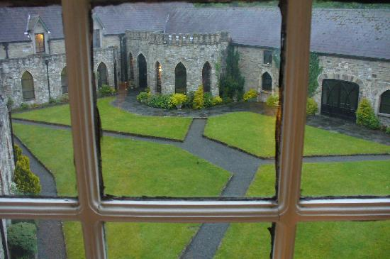 Kinnitty Castle Hotel: The view out our window