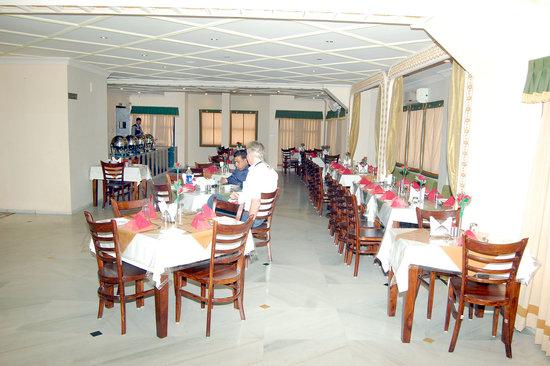 Hotel Royal Embassy