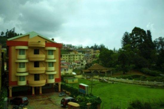 Hotel Madhuvana Holiday Inn