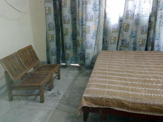 Bindal Guest House