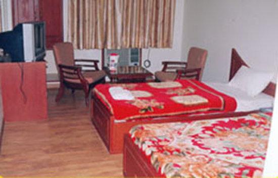 Hotel Satlaj: Hotel Satluj