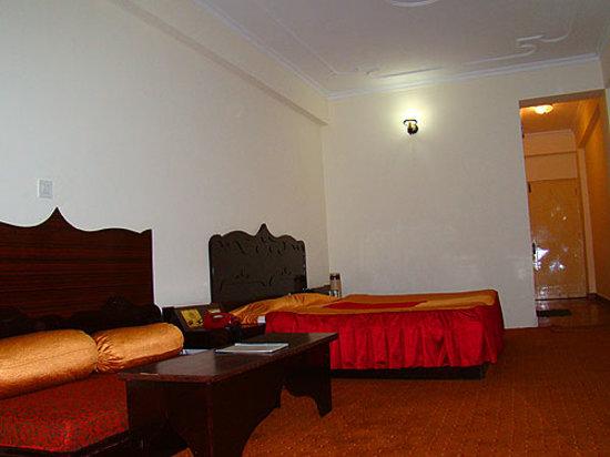 Chandermukhi Hotel