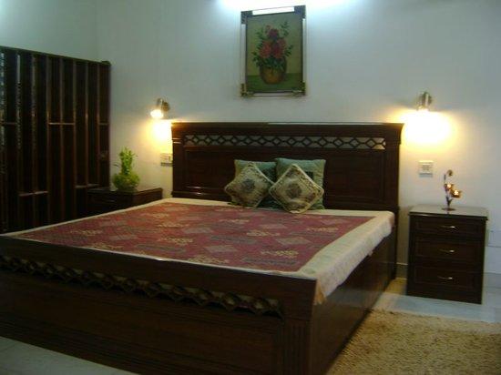 Comfort Homestay- Roshan Bed And Breakfast