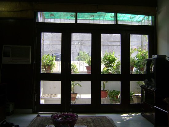 Comfort Homestay- Roshan Bed And Breakfast