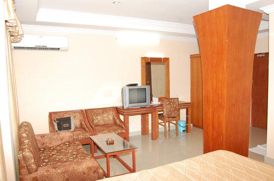 Hotel KPM Regency