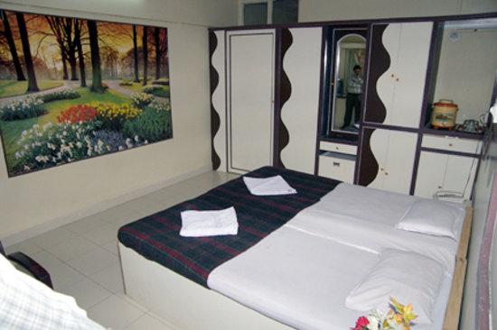 Hotel Shreesagar : Shree Sagar Hotel