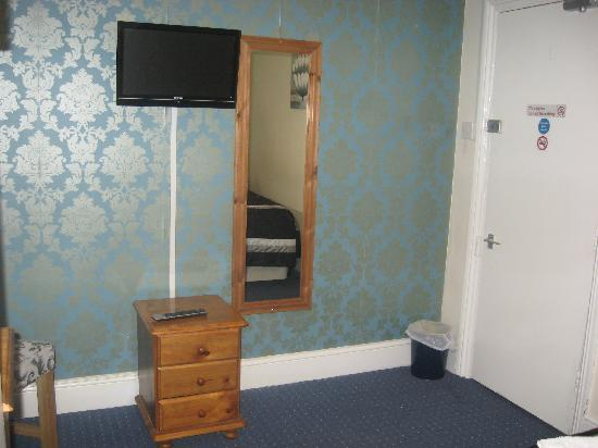 Becket Guest House: Room