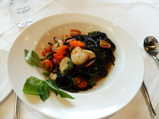 Another Hound by Greyhound: Seafood Squid ink Spaghetti