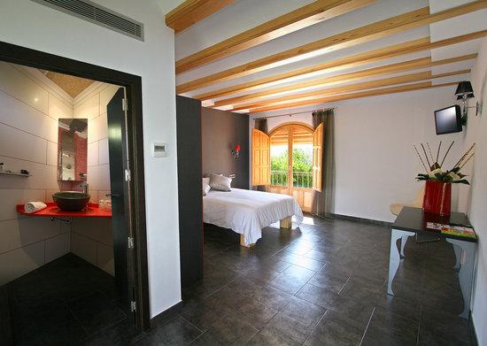 Llar La Morena: Habitación en Suite
