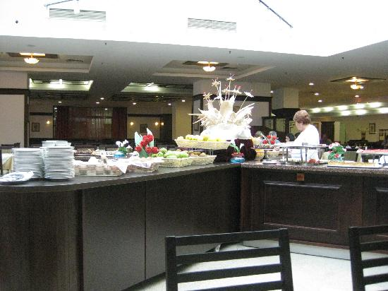 Melia Grand Hermitage: restaurant