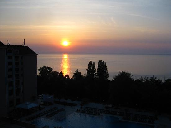 Melia Grand Hermitage: sunrise from hotel balcony