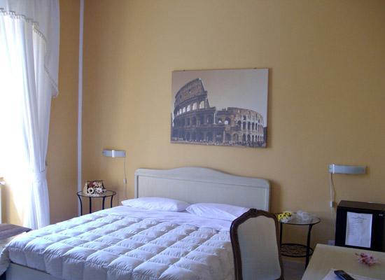 """La Dolce vita Romana: Camera """"Colosseo"""""""