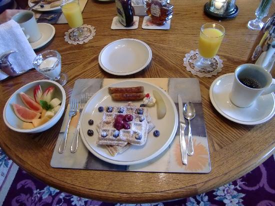 ‪‪Marifield House B&B‬: Breakfast‬