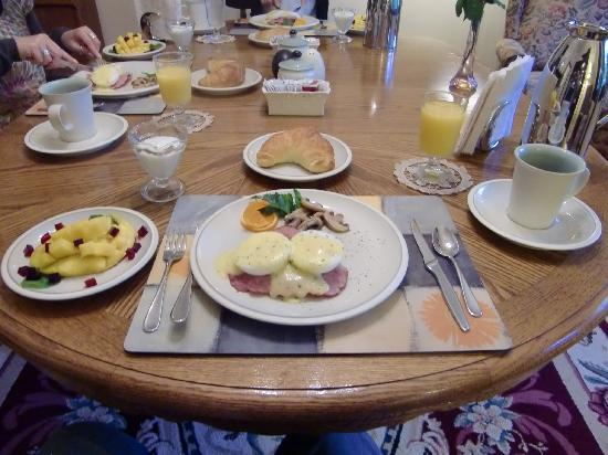 Marifield House B&B, Breakfast