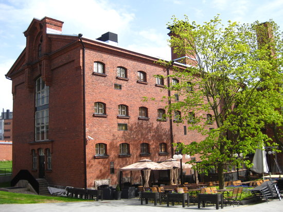 "Hotel Katajanokka: Outdoor terrace in back ""prison yard"""
